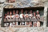 Tau tau statues in Lemo, Indonesia — Stock Photo
