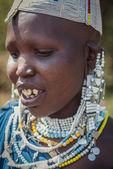 Portrait of young masai woman — Stock Photo