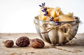 Shea Butter and nuts — Stock Photo