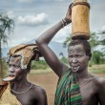 Two Mursi women, Omo Valley, Ethiopia — Stock Photo