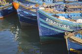 łodzie rybackie niebieski — Zdjęcie stockowe
