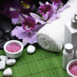 SPA set on green mat — Stock Photo