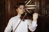 若いバイオリン奏者 — ストック写真