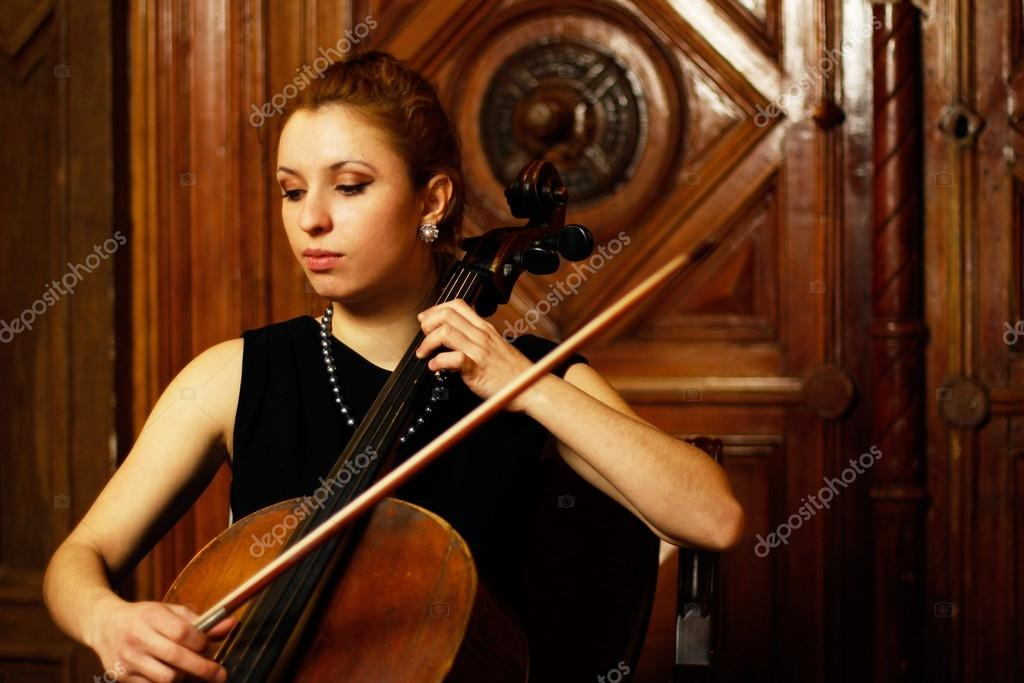 Young girl playing cello — Stock Photo © kellyreekolibry ...