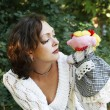 Woman puppeteer with a hand puppet — Stock Photo