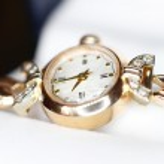 Золотые часы — Стоковое фото