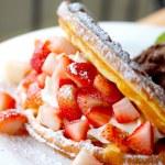 Waffle with strawberry — Stock Photo #33935397