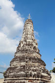 Old pagoda with blue sky in Ayutthaya — Stock Photo