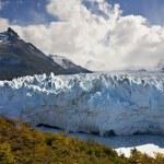 Perito Moreno Glacier - Patagonia - Argentina — Stock Photo #16885613