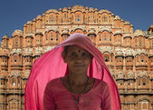 Indian lady - Palace of the Winds - Jaipur - India — Stock Photo