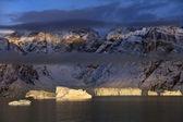 Ledovce v scoresbysund - grónsko — Stock fotografie
