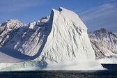 冰山-斯科斯比松-格陵兰 — 图库照片