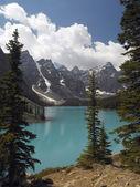 Moraine Lake - Banff National Park - Canada — Stock Photo