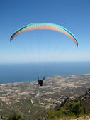 Tandem Paragliding in Northern Cyprus — Stock Photo