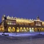 Cloth Hall - Rynek Glowny - Krakow - Poland — Stock Photo #18265667