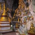 Buddha Images in Pindaya Cave - Pindaya - Myanmar — Stock Photo #23917201