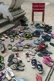 Buddista tempio - rimuovi scarpe - birmania — Foto Stock