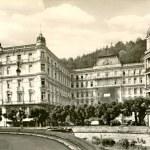 Spa Resot - Karlovy Vary city — Stock Photo #28164345