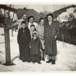 Winter time - family (group of people posing) — Stock Photo