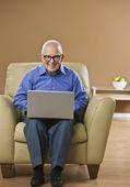 Man on Laptop — Stock Photo