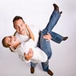 Boyfriend carrying girlfriend — Stock Photo