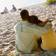 Couple hugging at beach — Stock Photo