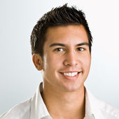 Asian man smiling — Stock Photo