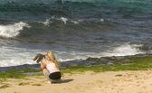 Woman Photographing Sea Turtles — Stock Photo
