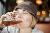 Young Woman Drinking Inda Pale Ale — Stock Photo