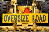 Oversize load — Stockfoto