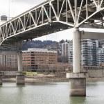 marquam brug met downtown portland op de achtergrond — Stockfoto