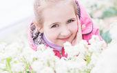 Retrato niña feliz — Foto de Stock