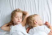 Charming little brother and sister — Stock Photo