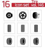 Vector black tire icons set — Stock Vector