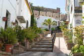 Typical street of Salobrena, leading to the castle — Foto de Stock