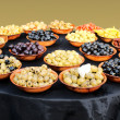 Assortment of olives and mediterranean vegetables — Stock Photo