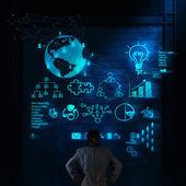 Biznesmen z nowy nowoczesny komputer pokaż sieci społecznej — Zdjęcie stockowe