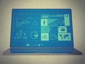 Laptop notebook ultrabook met nieuwe interface formuliersjabloonconverter — Stockfoto