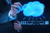 Kaufmann ein cloud-computing-diagramm zeichnen — Stockfoto
