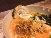 Japanese Ramen noodle on wood table — Стоковое фото