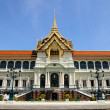 Royal Grand palace Bangkok, Thailand, The Chakri Maha Prasat thr — Stock Photo