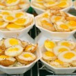 Thai sweetmeat made from small eggs put in bowl foam. — Foto Stock