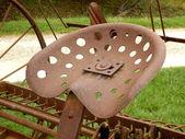 Rusty metal seat — Stock Photo
