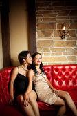 Zwei Freundinnen — Stockfoto