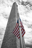 Washington Monument On The Mall, Black and White pictures with colored flag. — Stock Photo