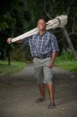 Fotografía stock de vendedor empresario sudafricano pequeños negocios escoba — Foto de Stock