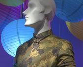 Maniquí con camisa de estampado de camuflaje — Foto de Stock