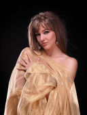 Retrato de una joven hermosa — Foto de Stock