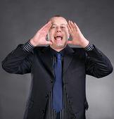 Podobizna mladého muže křičet nahlas — Stock fotografie