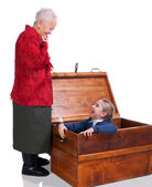 Grandmother found her granddaughter in the chest — Stock Photo